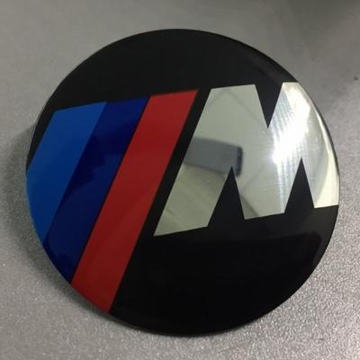 Наклейка на диск BMW М-серия d56 мм аллюминий (Логотип на черном фоне) выпуклый с логотипом на колпачок колесных дисков