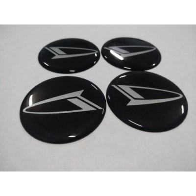 Наклейка на диск DAIHATSU 60mm  с логотипом на колпачок колесных дисков