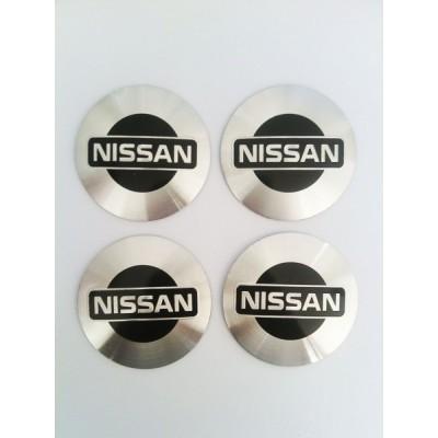 Наклейки Nissan D56 алюминий (Черный логотип на серебристом фоне) с логотипом на колпачок колесных дисков