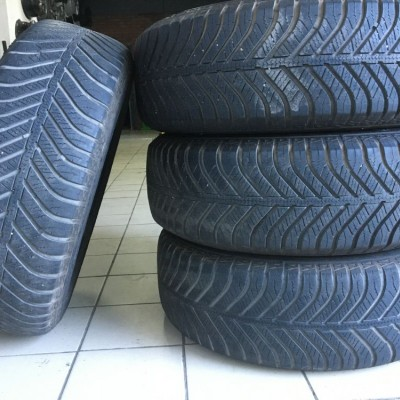 Шины Goodyear Vector 4 Seasons 195/65 R15 91T Б/У 5,5 мм
