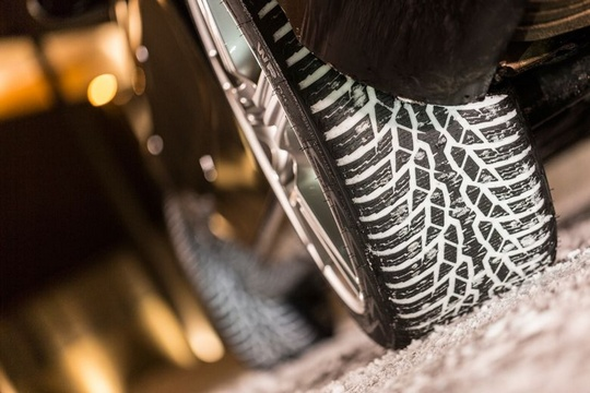 шины нокиан хаккапелита вр д4 тесты рейтинги отзывы обзоры